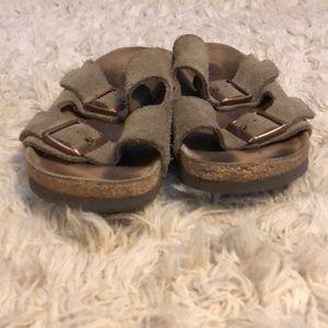 Birkenstock Shoes - birkenstock taupe suede arizona